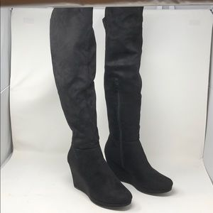 Chinese Laundry Black Micro Suede Boots Sz. 10
